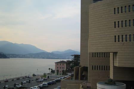 Luxuriöse Wohnung mit Seeblick - Campione D'italia - อพาร์ทเมนท์