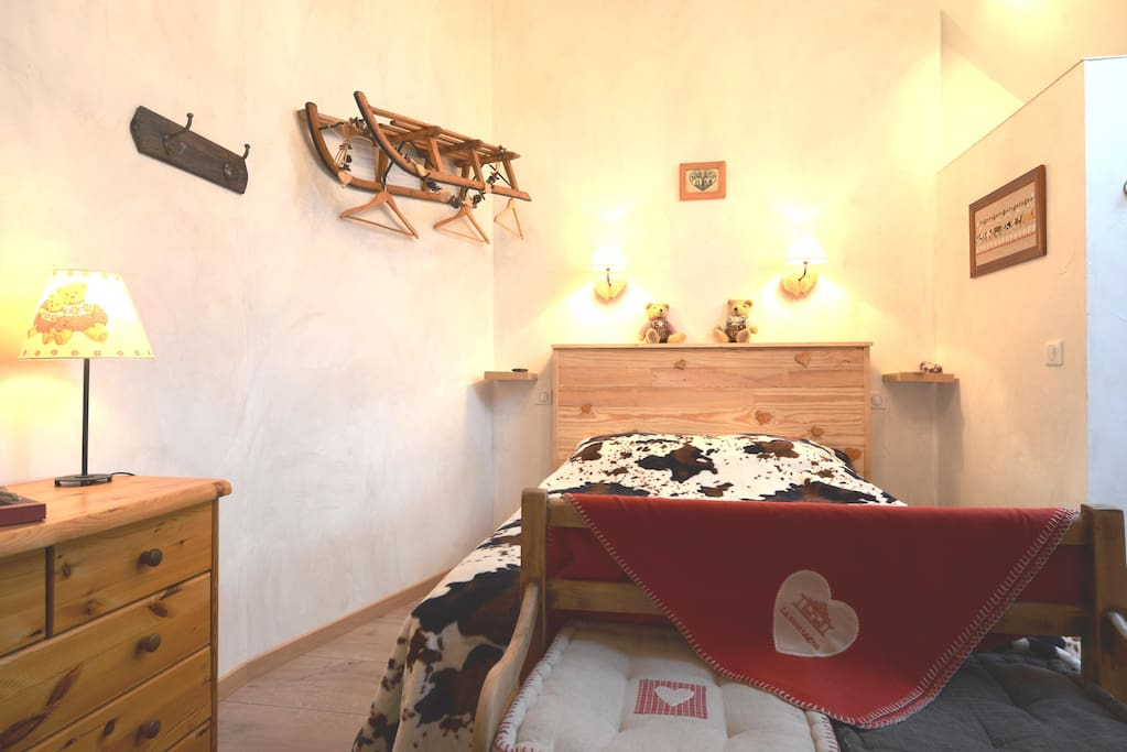 Chambre b b 39 montagne 39 proche beaune chambres d 39 h tes for Chambre hote 95