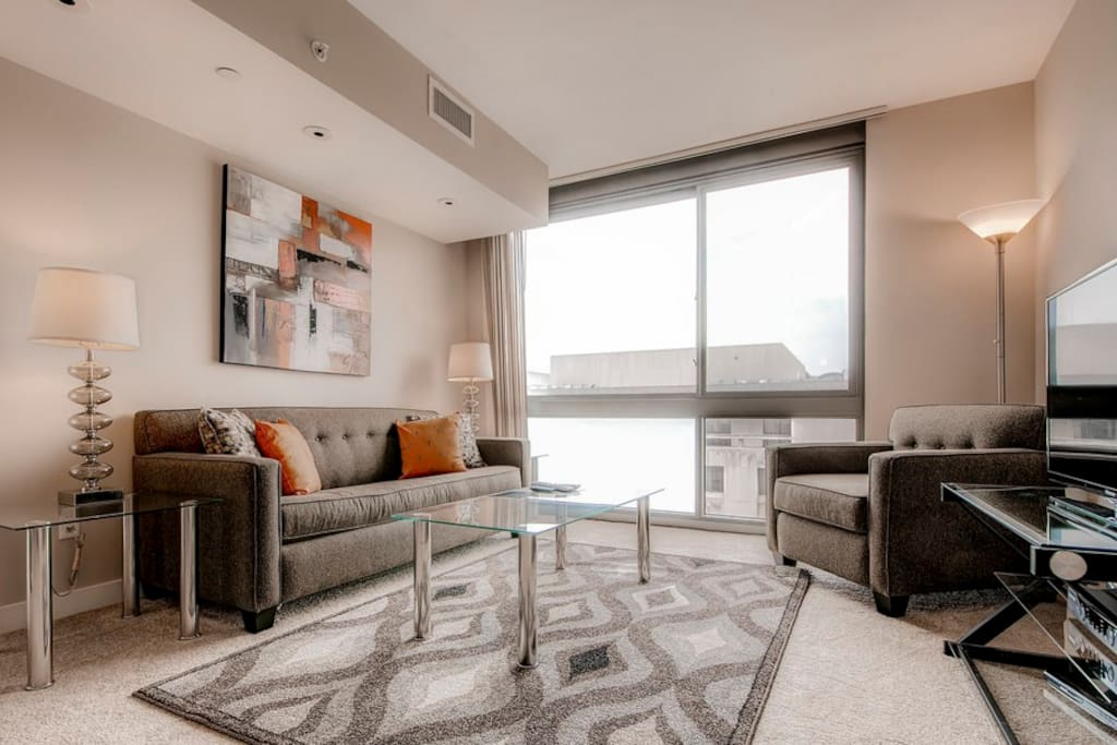 Lavish 1 Bedroom Apartment In Newseum Apartments For