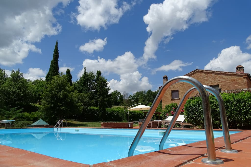 Guests will have exlusive use of the pool - Piscina ad uso esclusivo degli ospiti