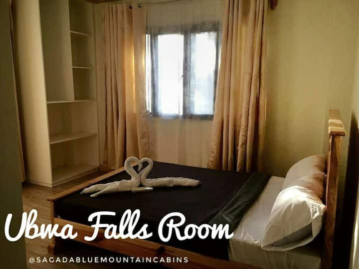 UBWA FALLS ROOM : Sagada Blue Mountain Cabins