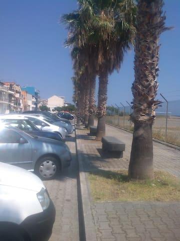 Accogliente bilocale vicino mare - Gioiosa Marea - Appartement