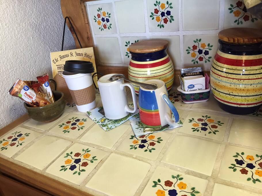 Coffee, tea, and granola bar