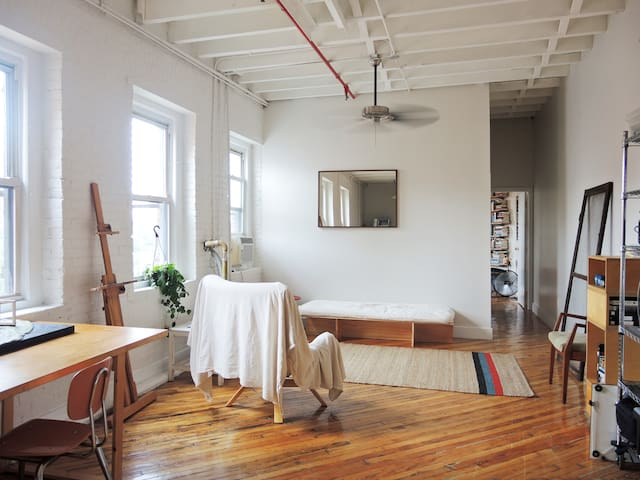 Sunny Loft 3 Minutes from Manhattan - Bronx - Loft
