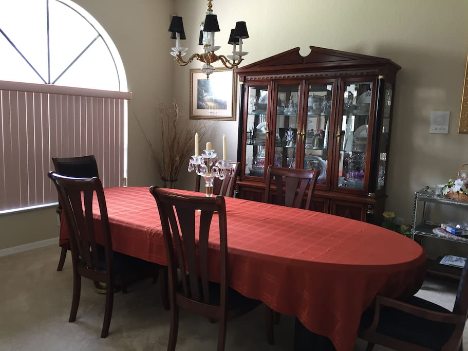 Formal Dining Room For Those Romantic Nights