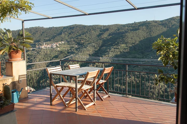 Townhouse on the Italian Riviera - Pietrabruna - Haus