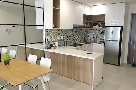 Bright, spacious new 2 bed flat - Ho-Chi-Minh-Stadt - Wohnung