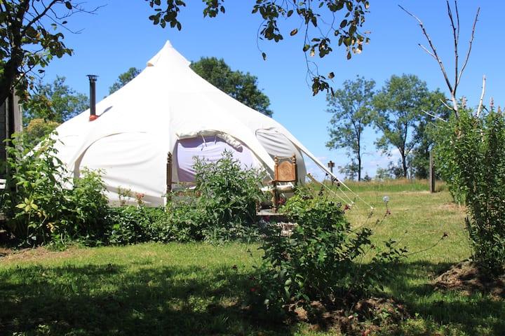 Tente Lotus Belle : Chartreuse, lac d'Aiguebelette