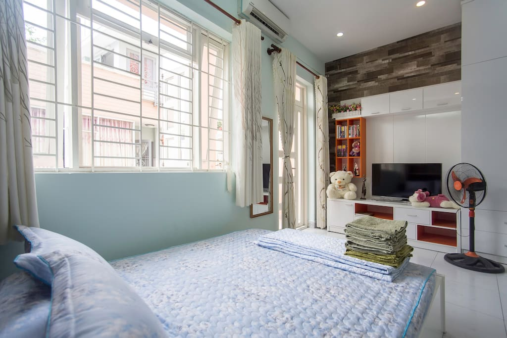 The spacious bedroom