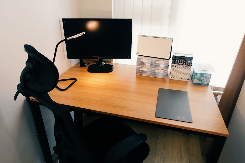 Desk with monitor and Comic book(미생)
