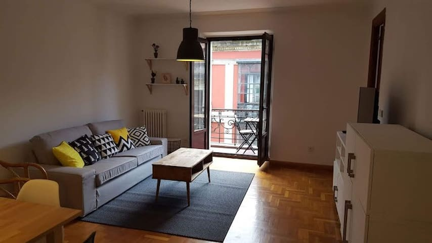 Beautiful 3 bedroom apartment in central Gijon