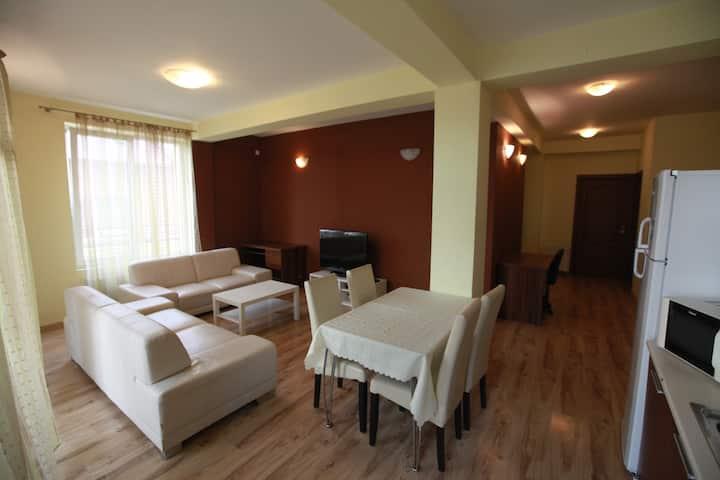 LH Residence - 3 bedroom DELUX apart