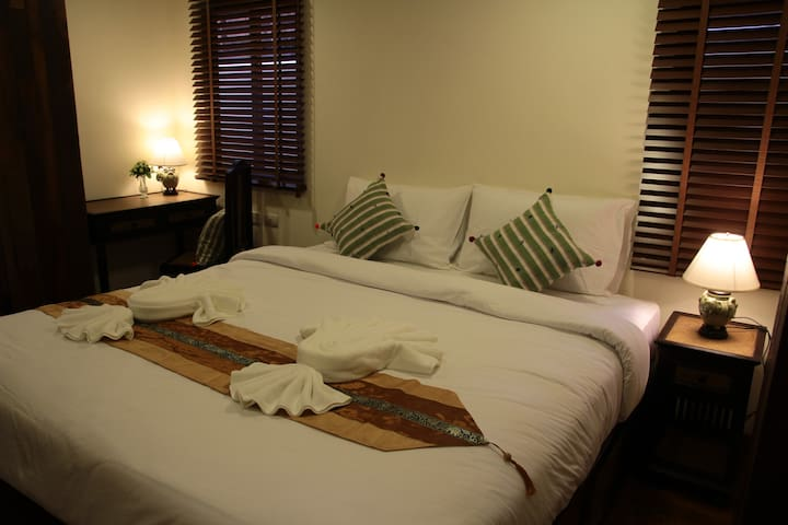Standard Room Live Like A Local with Comfy Bed - Chiang mai - Bed & Breakfast