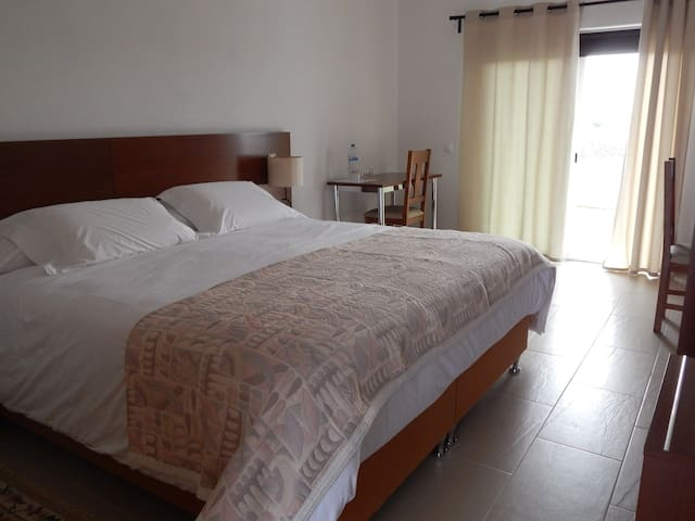 Double-bed room - Vidigueira - Bed & Breakfast