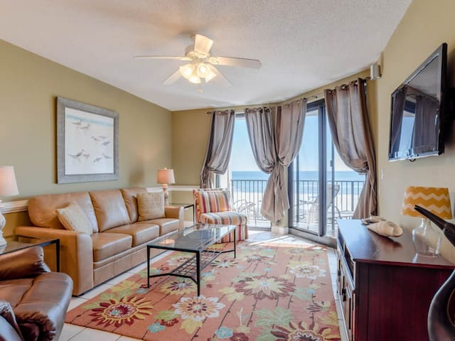 Beachfront Condo is Orange Beach. Resort Amenities for Everyone!