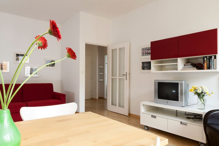 CasaKaiser, 2 room apartment