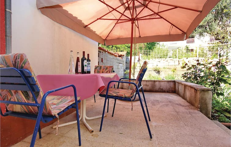 Holiday cottage with 1 bedroom on 46m² in Orebic