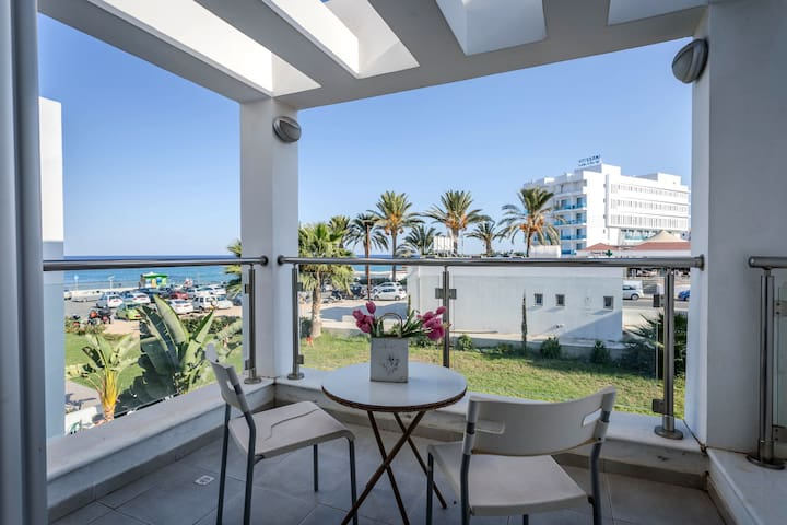 2 Bedroom Central Protaras - 1 Minute to the beach