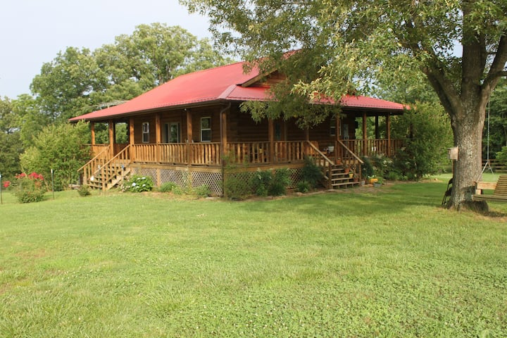 Nappers Paradise Log Cabin with heated pool