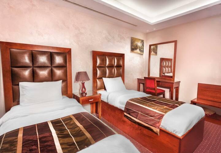 Elegant Suite twin single beds