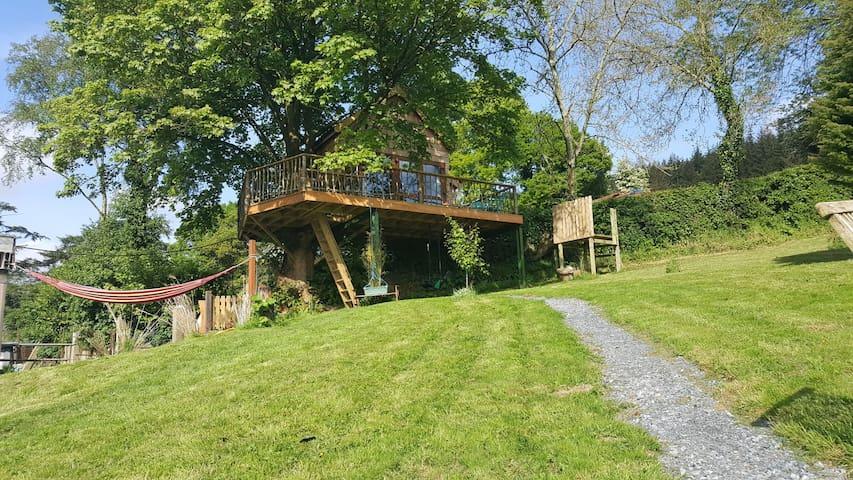 Tuckmill Treehouse