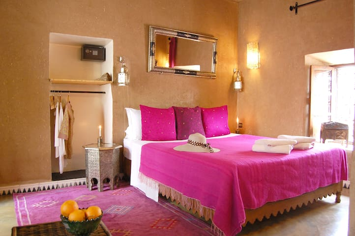 Double room-Standard-Private Bathroom-Patio-TAHOUNA