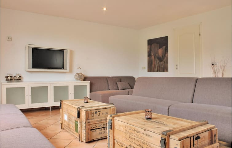 Holiday apartment with 5 bedrooms on 0m² in Simpelveld