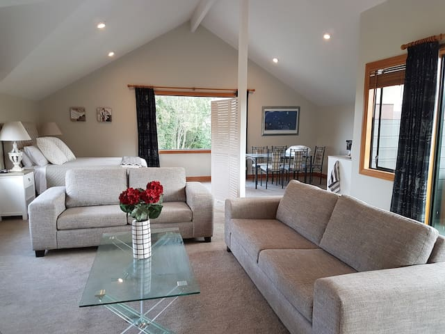 Woodvale Farm  studio apartment near Kumeu - Waimauku - Apartamento