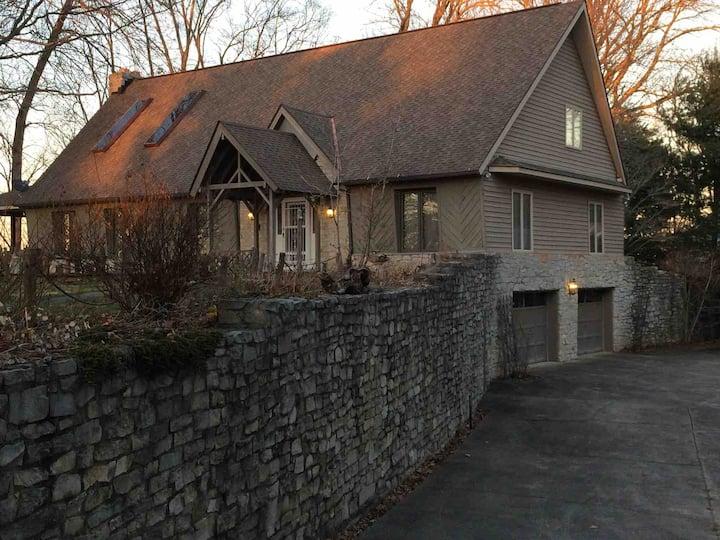 Exclusive Lake View Home on Lake Cumberland