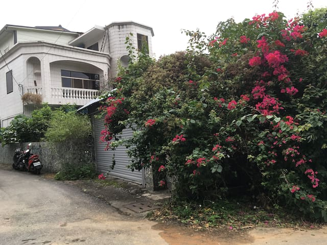 FP Friendly Pleasant Home Stay - Yuli Township - Bed & Breakfast