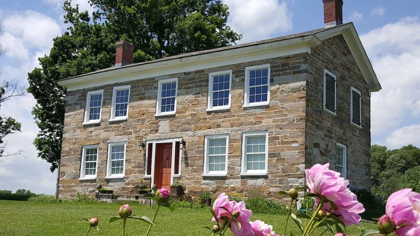 1820 House at Lavenlair Farm - Whitehall