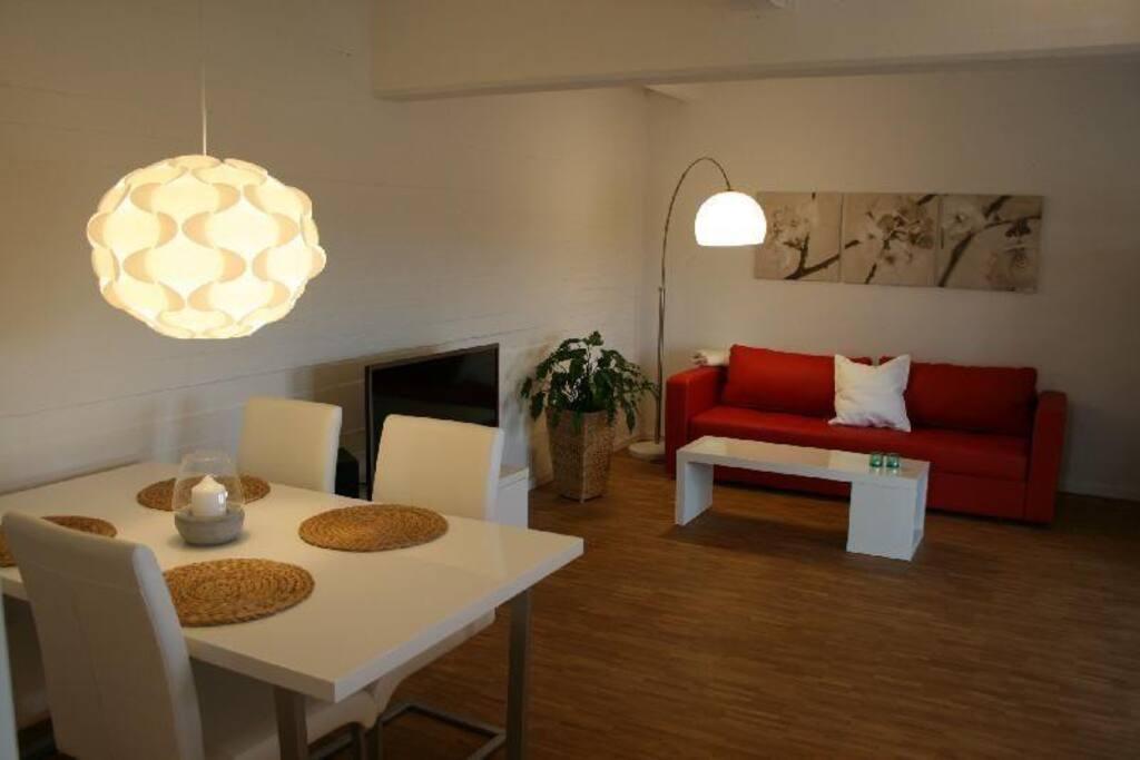 Lüneburg, Ferienwohnung Loft im Speicher, Wohnzimmer/Esszimmer