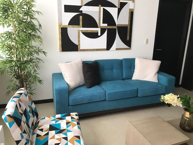Luxury Guayaquil 2BR apartment Puerto Santa Ana