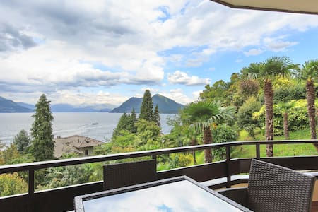 Vista Lago Due with terrace + superb view of lake