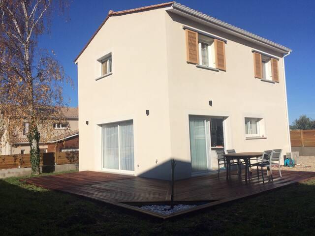 Belle maison tout confort - Artigues-près-Bordeaux - Hus