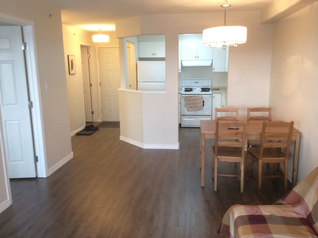 One BR in quiet Blue Quill close to Century Park