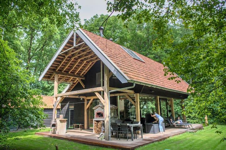 Vakantiehuis bosvilla Eikenhorst