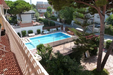 Appartement piscine prox mer