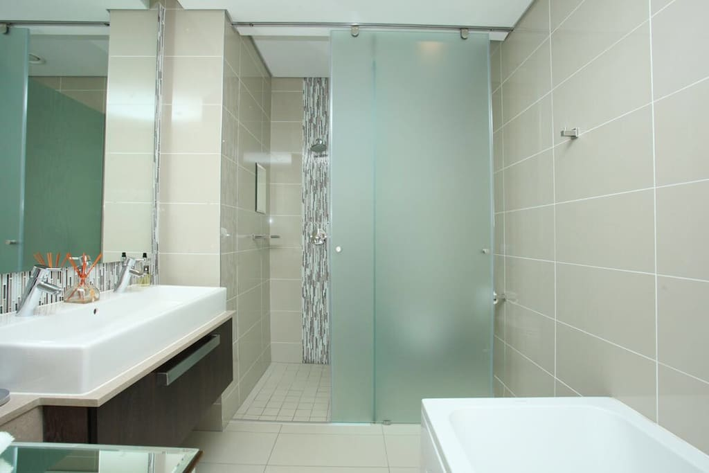 Main on suite bathroom with bath and shower and all amenities