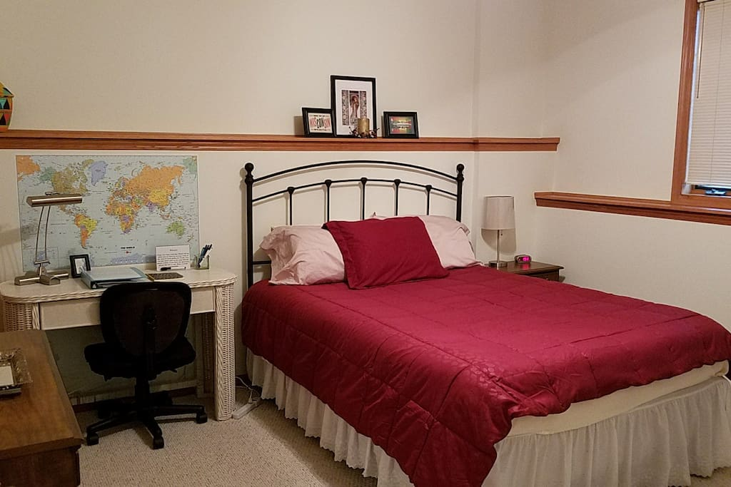 Guest room with Queen bed (key provided to lock door)