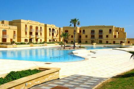 Gozo Fort Chambray Luxury place - Talo