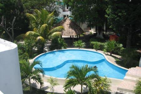 Acogedora Casa Caribeña  muy segura - Cancún