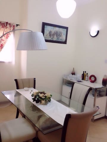 Entire Modern Home for Rent - Accra - Casa