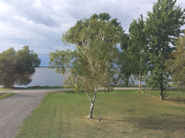 Island Suite on Bay of Quinte