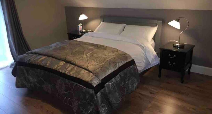 Upstairs Double Bedroom with en-suite