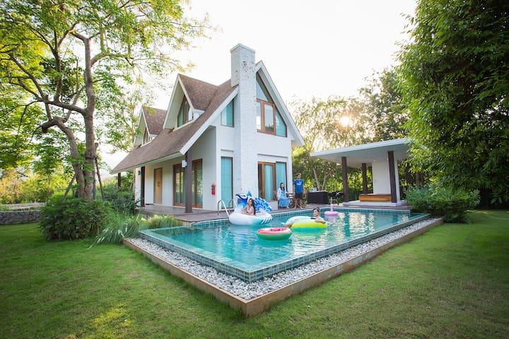 Prairie Hills Resort - Pool Villa