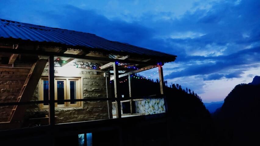 GOONJ COTTAGE Trekking, Camping, Meditation
