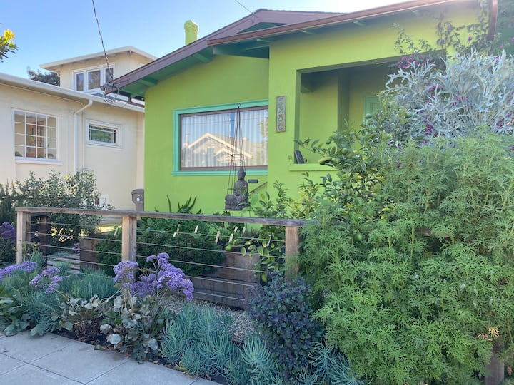 Beautifully decorated 2 bedroom house