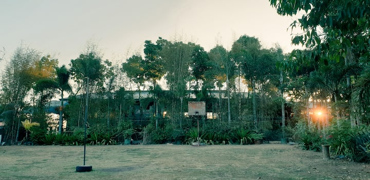 Green Forest Lodge (For Relaxing Staycations)