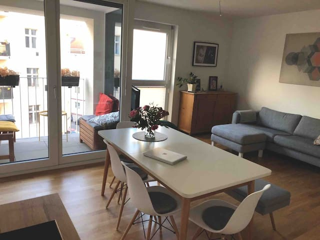 Cozy room in the middle of Berlin